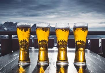 beber alcohol con invisalign